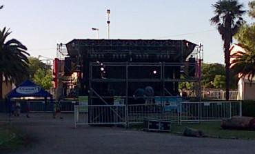 Benedini intentó atajar los penales por el alquiler del escenario para el festival
