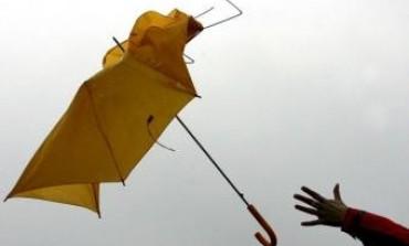 Defensa Civil advierte por posibles vientos
