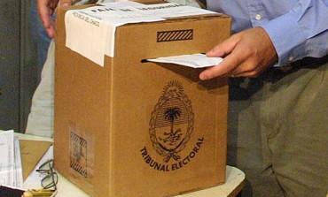 Elecciones: habrán boletas de siete cuerpos en el cuarto oscuro