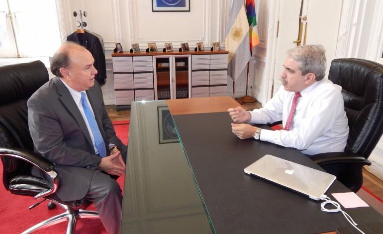Vidal estuvo mano a mano con Aníbal Fernández