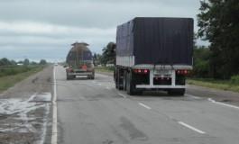 Suspendieron la nueva norma de peso potencia para transportistas