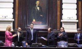Rago presidió la sesión de Diputados y tomó juramento a los nuevos legisladores