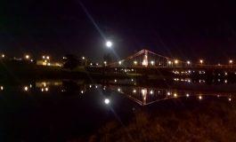 Por limpieza nocturna, cerrarán el Puente Colgante el miércoles desde las 22