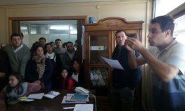 Tensa reunión en el Consejo Escolar por el transporte en La Dulce
