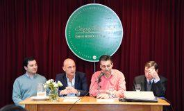 López con contadores: destacó la necesidad de tener profesionales en la planta permanente