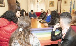 El municipio trabaja con el Colectivo Trans en la implementación de la Ley de cupo laboral