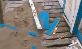 Vandalismo en la playa: destrozaron una casilla de guardavidas