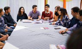 Rojas presenta equipos técnicos en el Espacio Cultural París