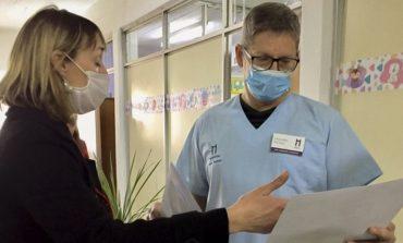 El Área de Discapacidad colocó cartelería informativa en las Pediatrías de los hospitales