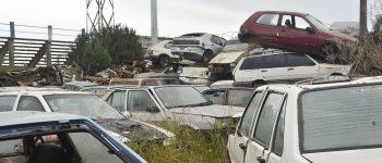 Compactarán los vehículos del predio de Tránsito