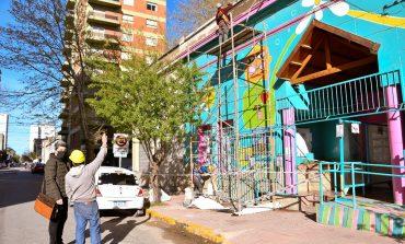 Ponen en valor la fachada del Jardín municipal Lassalle